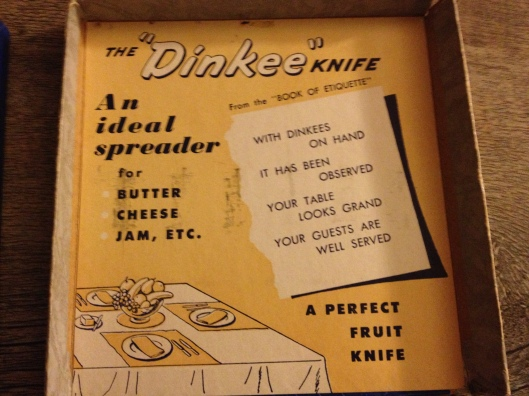 Dinkee Knives