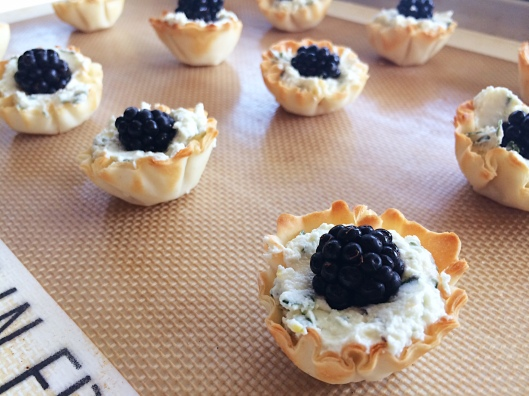 Blackberry Goat Cheese Bites